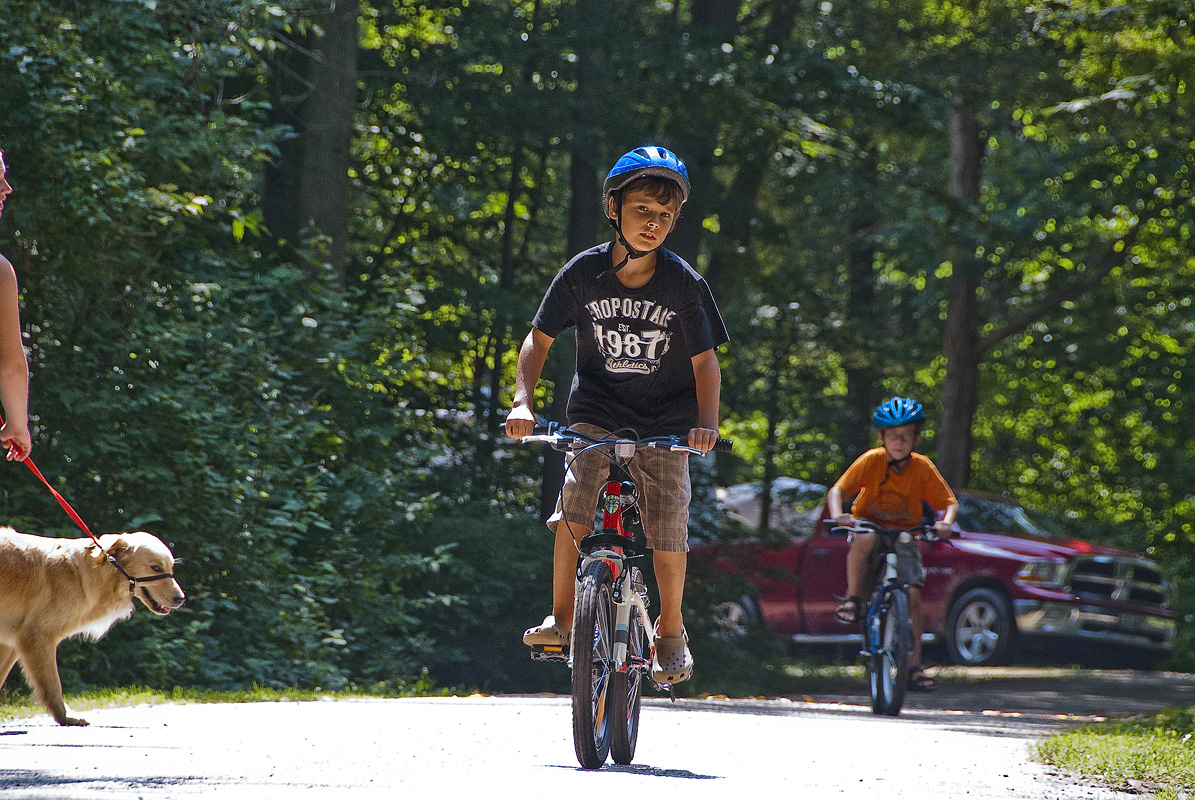 kids biking