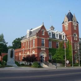 Aylmer Town Hall